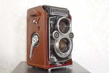 Rolleiflex 3.5f by Winfred Kennerknecht